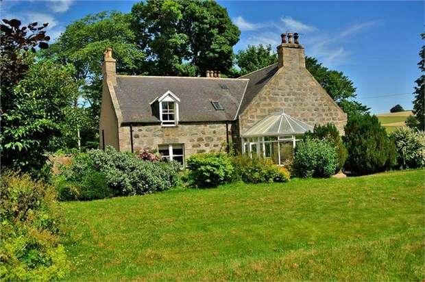 5 Bedrooms Detached House for sale in Muir of Fowlis, Alford, Aberdeenshire