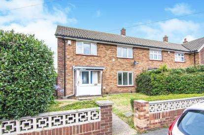 3 Bedrooms End Of Terrace House for sale in Chadwell St Mary, Essex