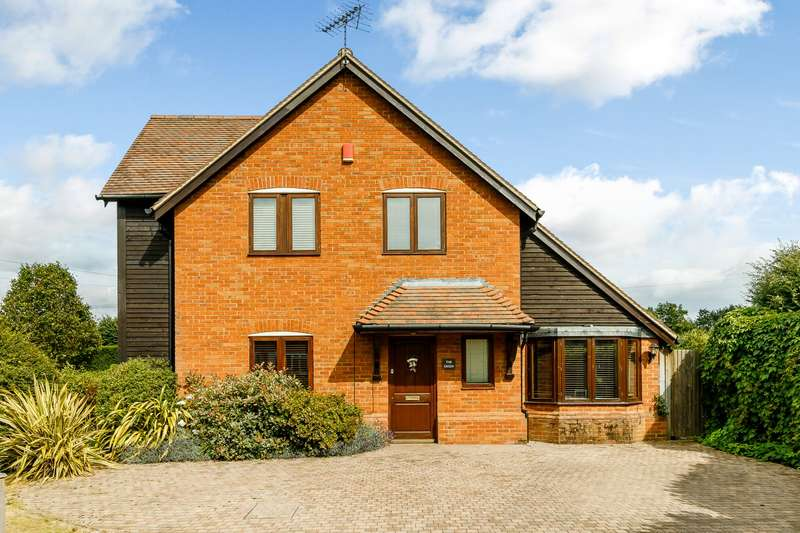 3 Bedrooms House for sale in Pyrford