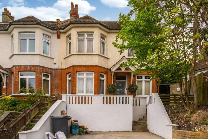 2 Bedrooms Flat for sale in St Augustines Avenue, South Croydon, CR2