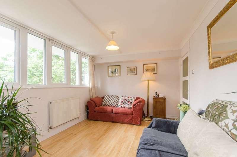 1 Bedroom Flat for sale in Tregunter Road, Chelsea, SW10