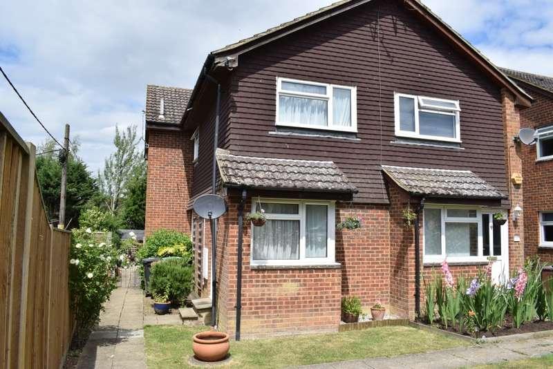 1 Bedroom Terraced House for sale in Ballard Close, Marden
