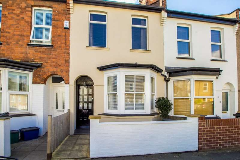 2 Bedrooms Terraced House for sale in Sanderstead Road, South Croydon, Surrey, CR2