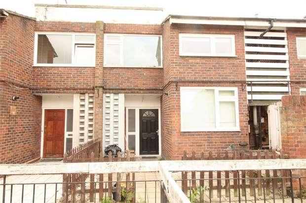 3 Bedrooms Maisonette Flat for sale in Beacon Grove, Carshalton, Surrey