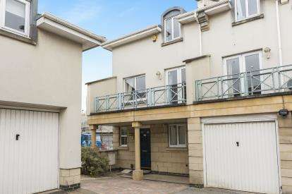 5 Bedrooms Semi Detached House for sale in Sheldons Court, Winchcombe Street, Cheltenham, Gloucestershire
