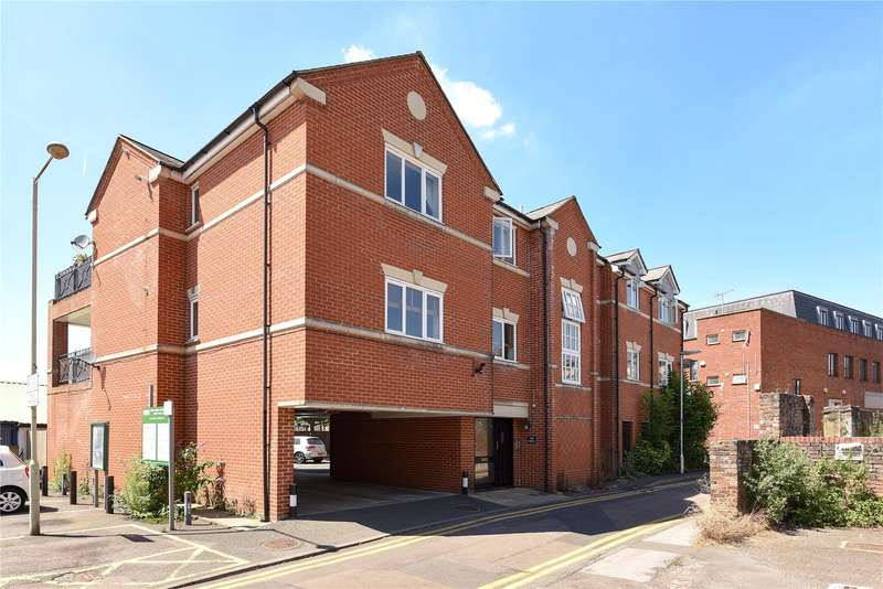 2 Bedrooms Apartment Flat for sale in The Forge, Bury Lane, Rickmansworth, Hertfordshire, WD3