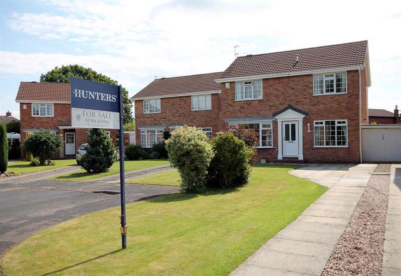 4 Bedrooms Detached House for sale in Eden Close, York, YO24 2RD