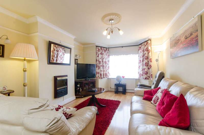 3 Bedrooms House for sale in Crest Road, Dollis Hill, NW2