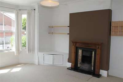 5 Bedrooms House for rent in Malvern Road, Nottingham