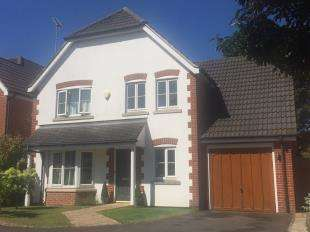 4 Bedrooms Detached House for sale in Staleys Acre, Borough Green, Sevenoaks