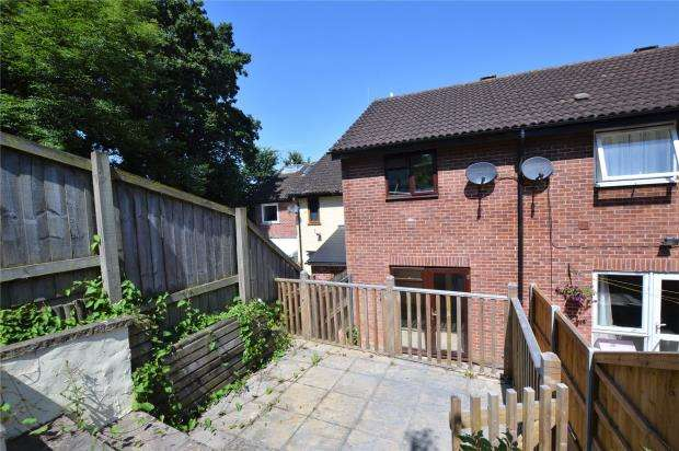 2 Bedrooms Terraced House for sale in Hadrians Way, Exmouth, Devon