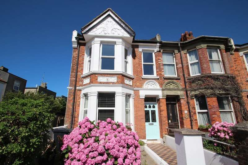 2 Bedrooms Flat for sale in St. Leonards Road, Hove, East Sussex, BN3 4QR