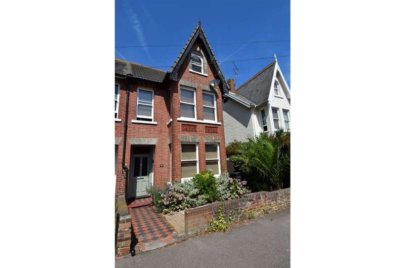 5 Bedrooms Semi Detached House for sale in Cavendish Road, Herne Bay