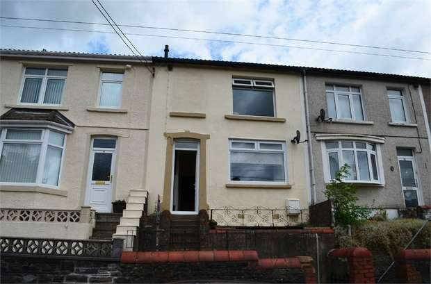 3 Bedrooms Terraced House for sale in Hylton Terrace, Bedlinog, Treharris, Mid Glamorgan