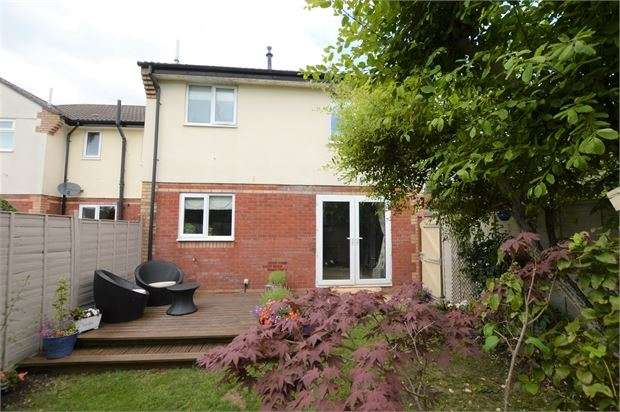 1 Bedroom House for sale in Little Close, Kingsteignton, Newton Abbot, Devon. TQ12 3YZ