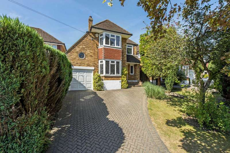 4 Bedrooms Detached House for sale in Covert Road, Northchurch