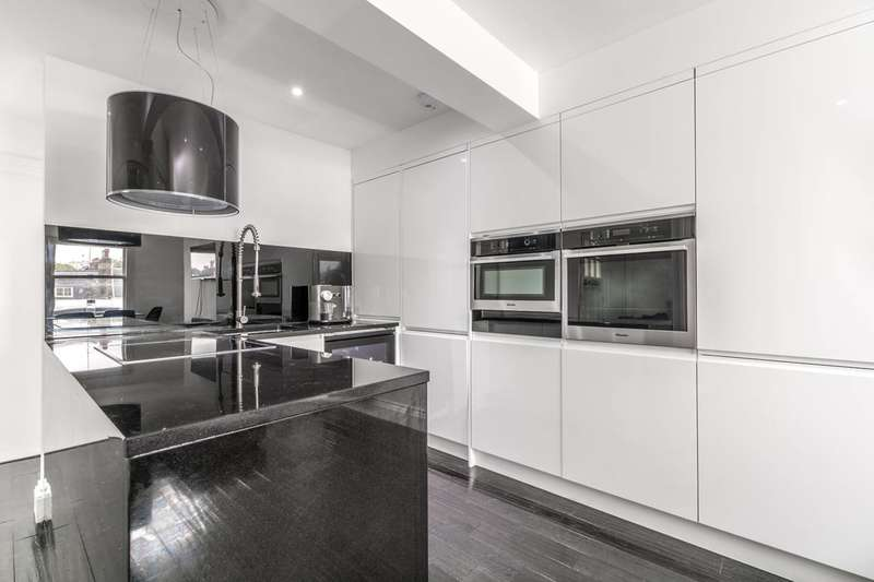 2 Bedrooms Flat for sale in Blenheim Crescent, Notting Hill, W11