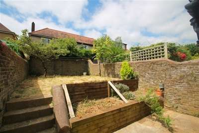 3 Bedrooms House for rent in Compton Road, Brighton