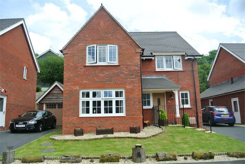 4 Bedrooms Detached House for sale in Coed Y Felin, New Inn, Pontypool, NP4