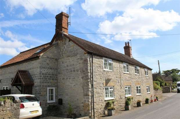 3 Bedrooms Semi Detached House for sale in Kingsbury Episcopi, Martock, Somerset