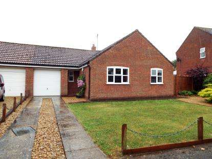 2 Bedrooms Bungalow for sale in Gayton, King's Lynn, Norfolk
