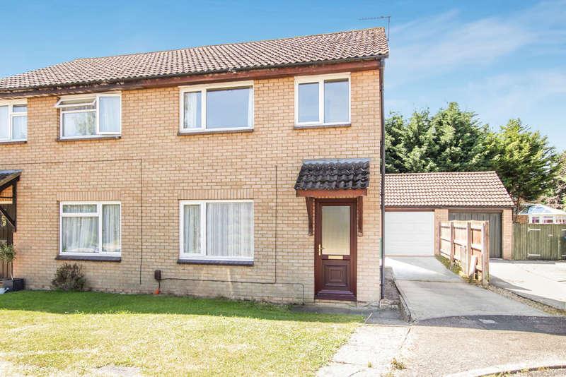 3 Bedrooms Semi Detached House for sale in Meadow Way, Yarnton, Kidlington