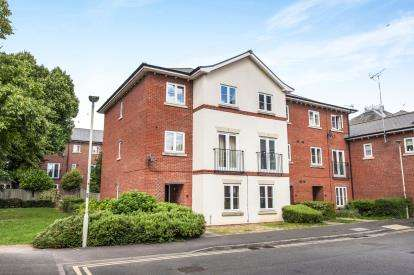 4 Bedrooms End Of Terrace House for sale in Harescombe Drive, Gloucester, Gloucestershire