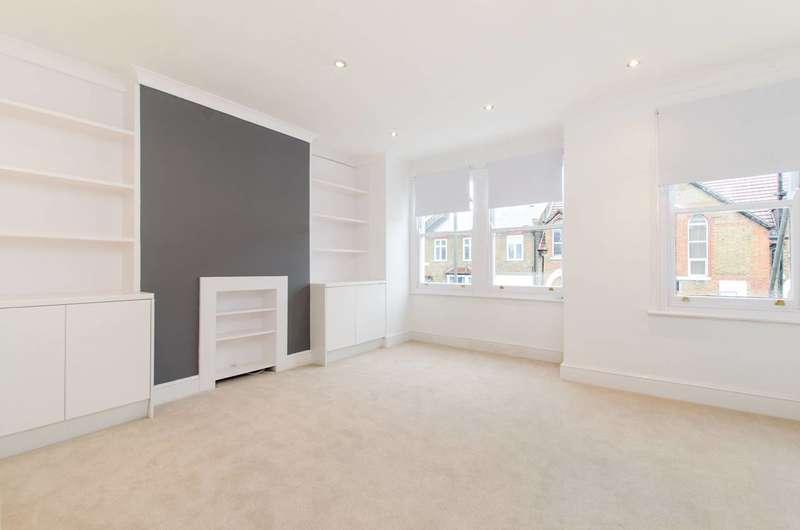 1 Bedroom Flat for sale in Aldis Street, Tooting, SW17