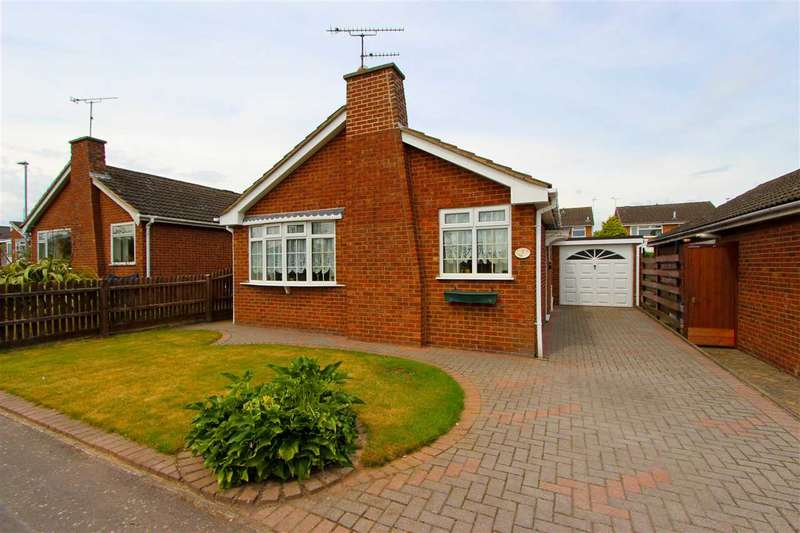 2 Bedrooms Bungalow for sale in Ferndale Drive, Ratby, Leicester