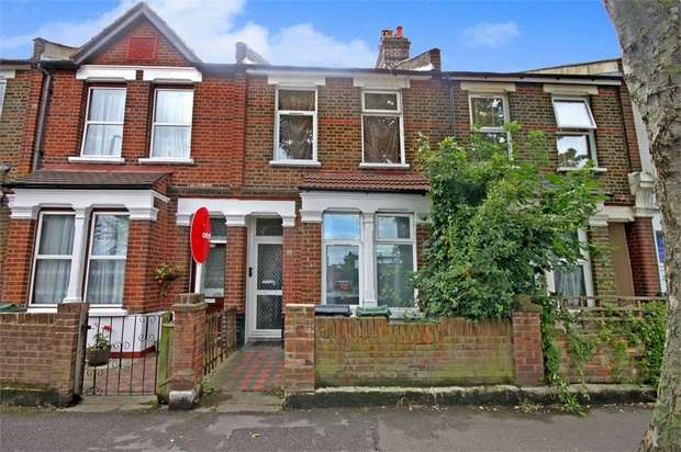 3 Bedrooms Terraced House for sale in Coppermill Lane, Walthamstow, London