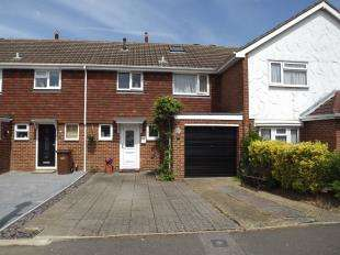 3 Bedrooms Terraced House for sale in Chart Place, Wigmore, Gillingham, Kent