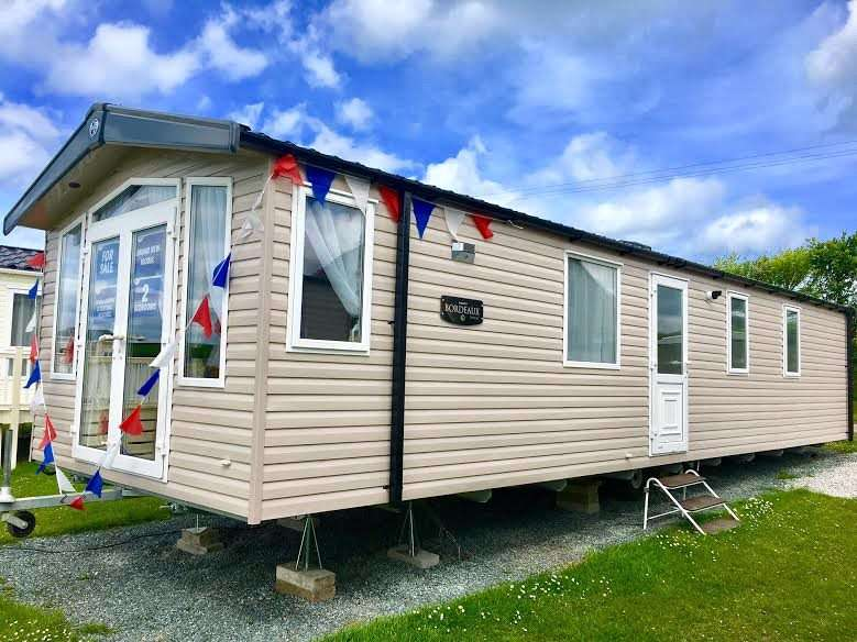 2 Bedrooms Park Home Mobile Home for sale in Bude Holiday Resort, Maer Lane, Bude