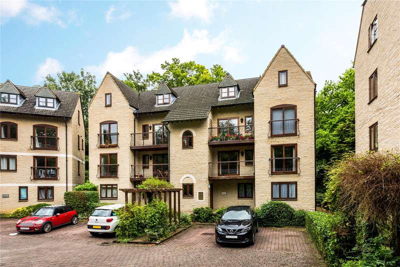 2 Bedrooms Flat for sale in Dorchester Close, Headington, Oxford, Oxfordshire, OX3