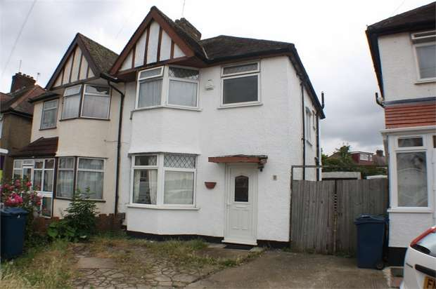 3 Bedrooms Semi Detached House for sale in Merlin Crescent, Edgware, Middlesex