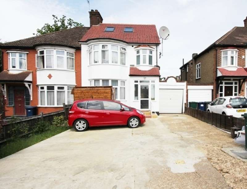 5 Bedrooms Semi Detached House for sale in Hale Lane, Edgware, Greater London. HA8 9RD