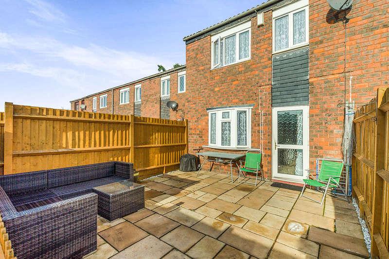 3 Bedrooms Property for sale in Royal Walk, Wallington, SM6