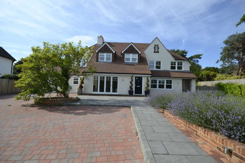 6 Bedrooms House for rent in Clavering Walk, Cooden, Bexhill On Sea, TN39