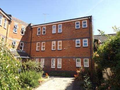1 Bedroom Flat for sale in Cromer Road, North Walsham, Norfolk