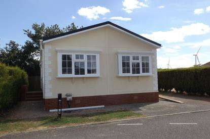 3 Bedrooms Mobile Home for sale in Eye Road, Eye, Suffolk