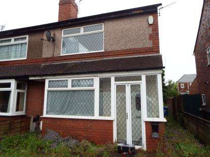 3 Bedrooms Semi Detached House for sale in May Avenue, Leigh, Greater Manchester