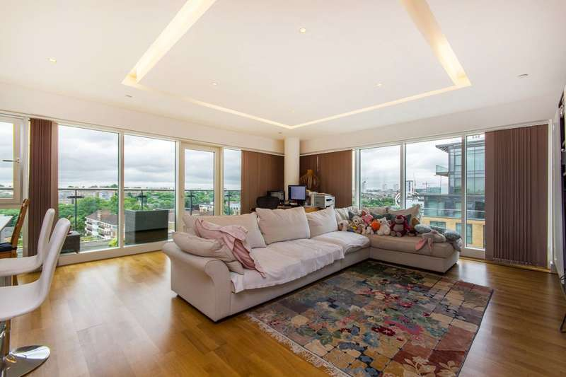 2 Bedrooms Flat for sale in Battersea Reach, Wandsworth Town, SW18
