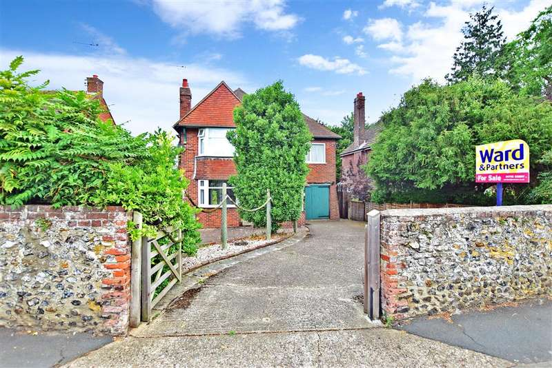 4 Bedrooms Detached House for sale in Preston Lane, Faversham, Kent