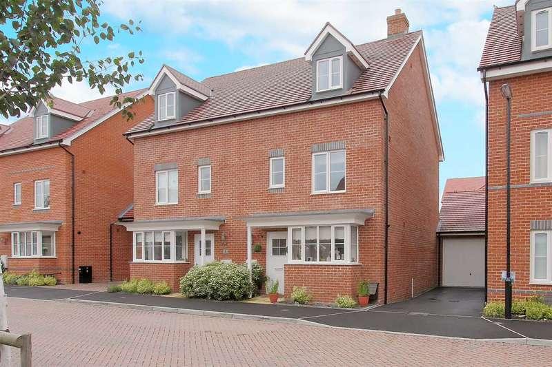 4 Bedrooms Semi Detached House for sale in Adams Road, Picket Piece, Andover