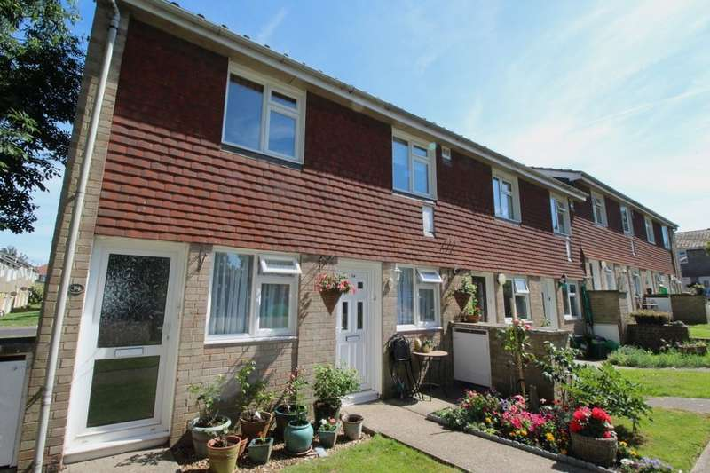 2 Bedrooms Flat for sale in Owen Square, Walmer, Deal, CT14
