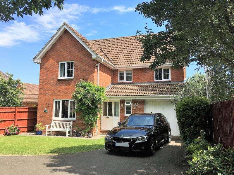 5 Bedrooms Detached House for sale in Waterleaze, Taunton, Somerset