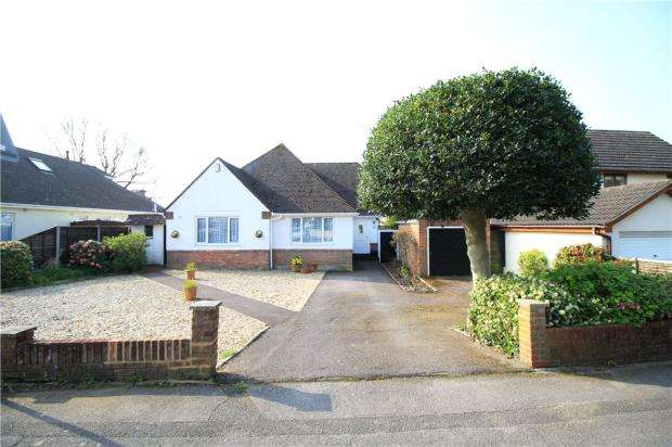 3 Bedrooms Detached Bungalow for sale in Lower Parkstone, Poole, Dorset, BH14