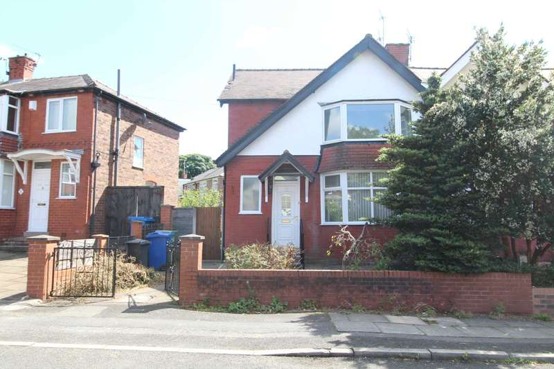 3 Bedrooms Semi Detached House for sale in Holyrood Road, Manchester