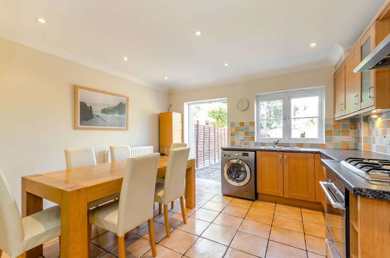 4 Bedrooms House for sale in Rutlish Road, Wimbledon, SW19