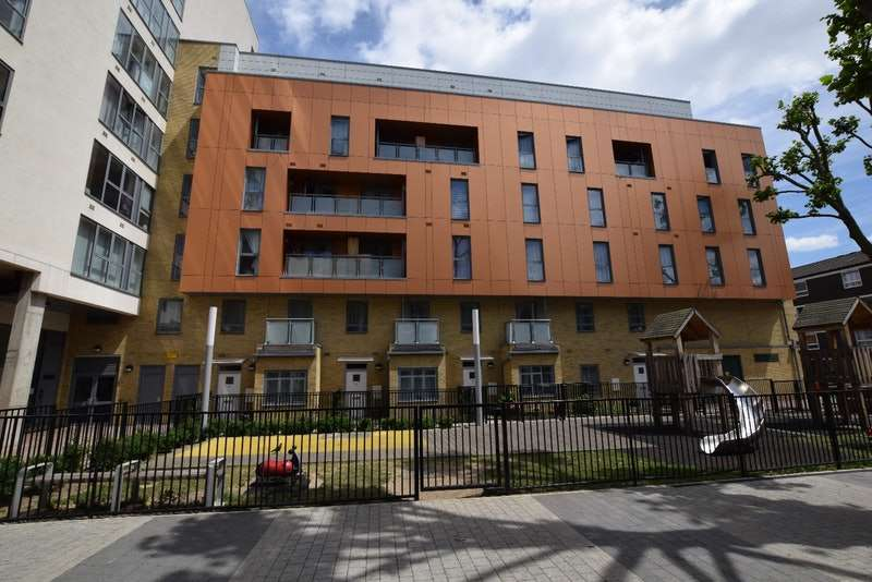 2 Bedrooms Flat for sale in Vernon Road, London, London, E3