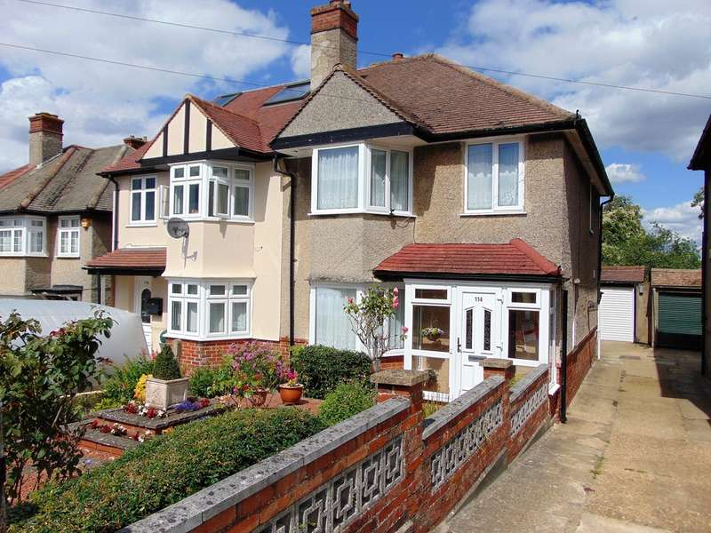 3 Bedrooms Semi Detached House for sale in Benhurst Gardens, South Croydon, Surrey, CR2 8NW